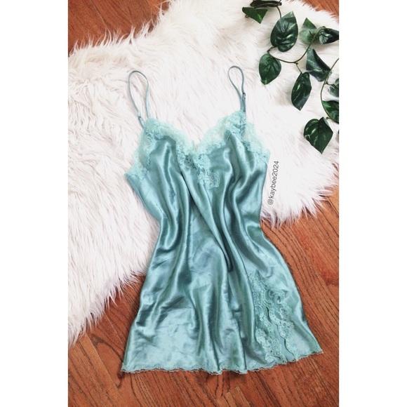 8813ce959c47f Victoria's Secret Intimates & Sleepwear | Vtg 90s Victorias Secret ...
